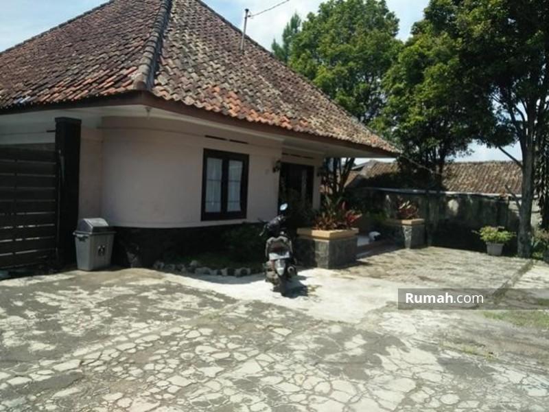 L102 Dijual Rumah Belanda Kokoh Lembang Cibodas Jual Beli Rumah Khusus Wilayah Lembang Dan Sekitarnya